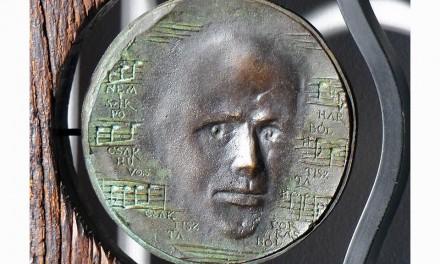 Dudás Sándor szobrászművész kiállítása nyílik Jászberényben