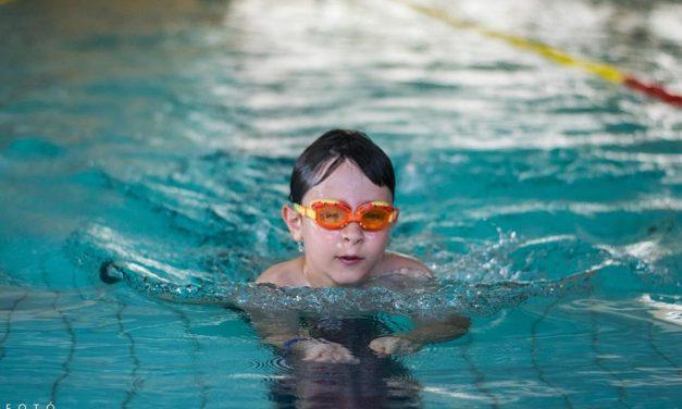 Ponty Porontyok Úszóverseny