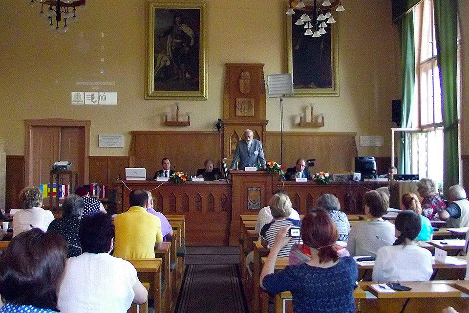 Kárpát-medencei könyvtárosok konferenciája 2016. Csongrád