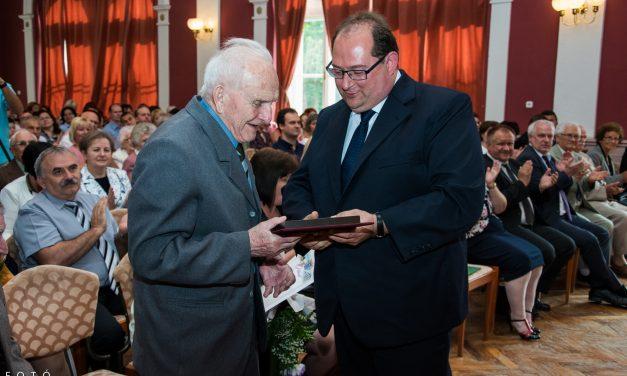 Pedagógus napi ünnepség Csongrádon