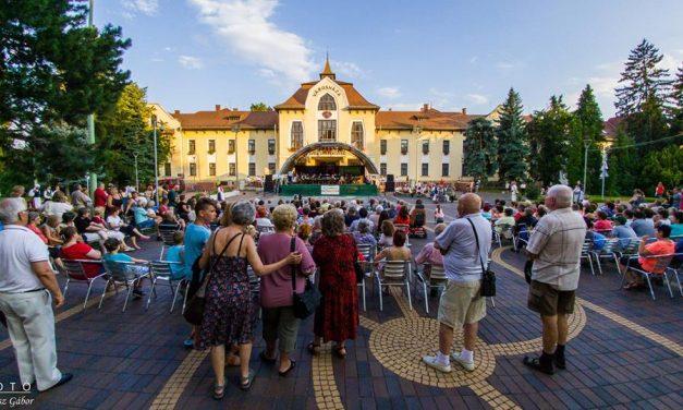 Tánccal és zenével indult a Csongrádi Napok