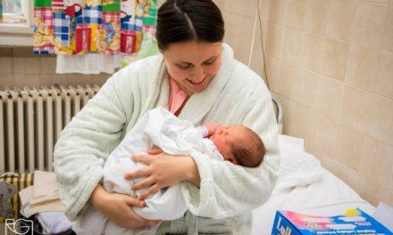 Megszülettek 2018 első bokrosi és csongrádi babái