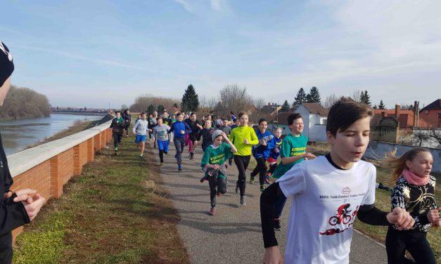 Mezei futó kistérségi diákolimpia Csongrád