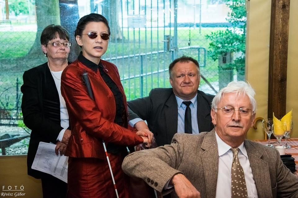 Irodát kaptak a Csongrád térségi látássérültek