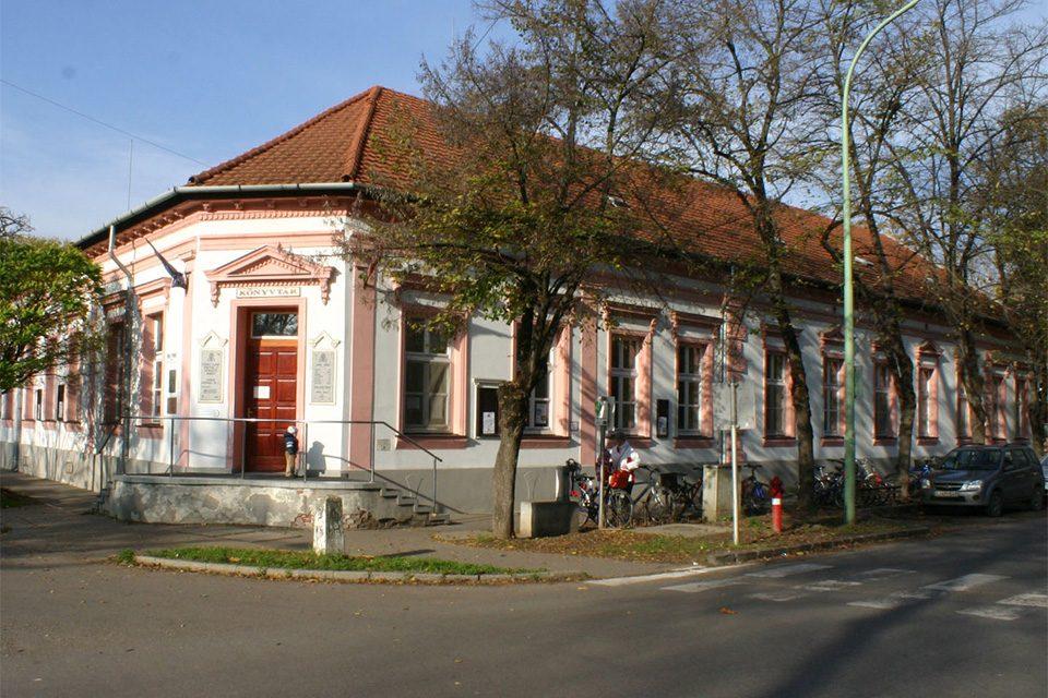 Pályázati kiírás könyvtár intézményvezető beosztás ellátására