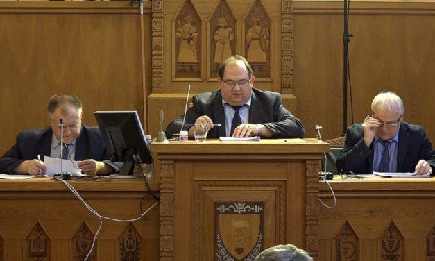 Önkormányzati testületi ülés Csongrádon – 2019.01.24.