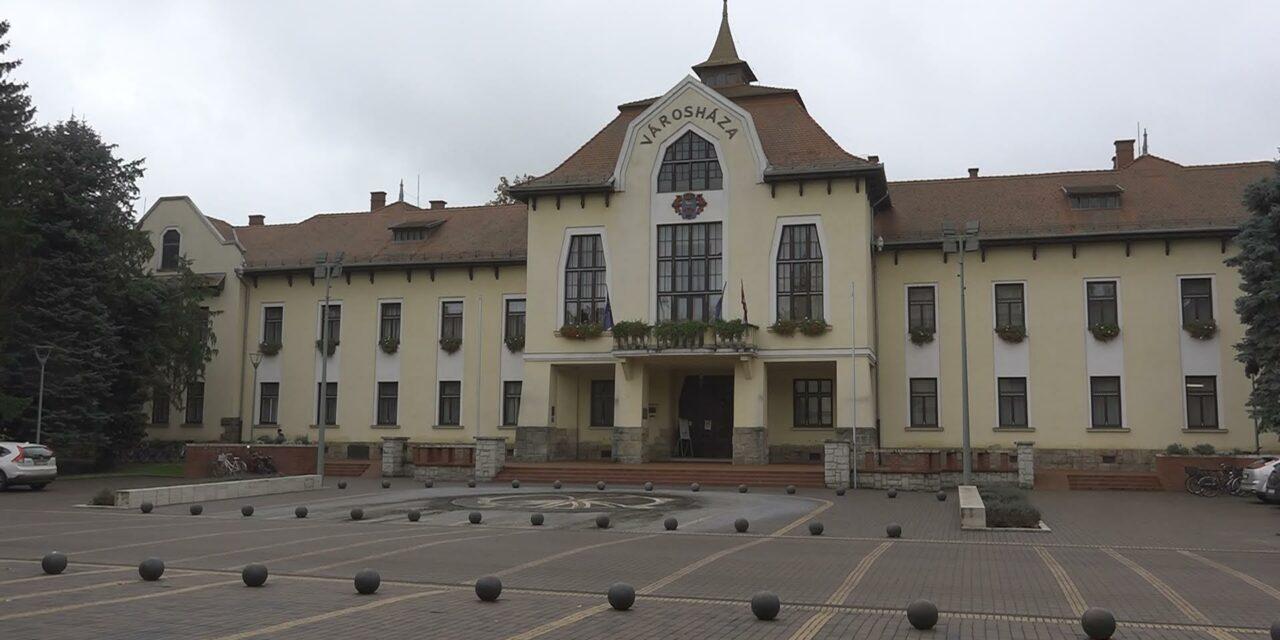 Pályázati hirdetmény Csongrádi Művelődési Központ és Városi Galéria igazgató munkakör betöltésére